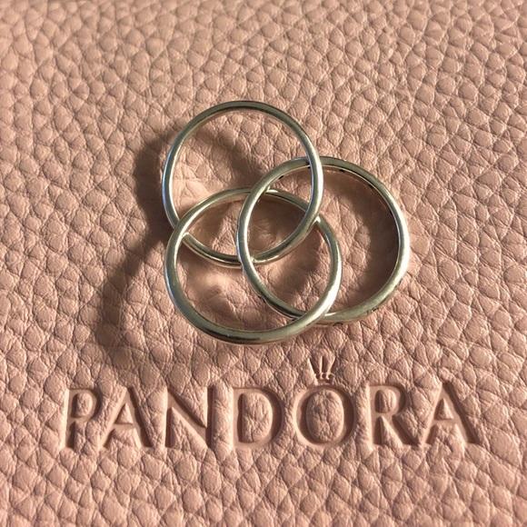 17f9875e3 PANDORA Swirling Symmetry Ring Size 6. M_5b3eebae619745932cc5d964